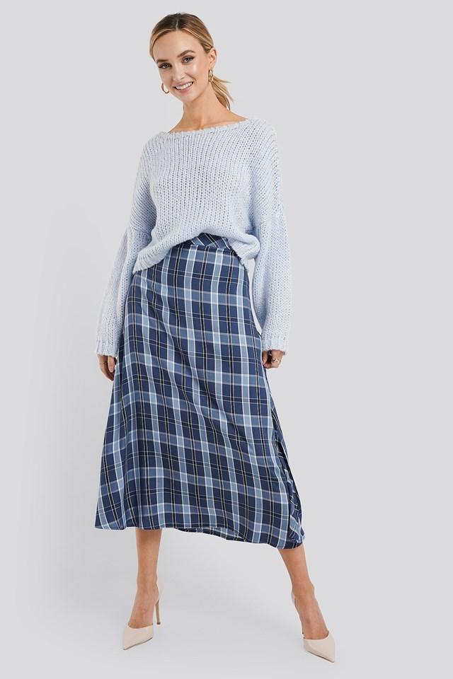 High Waist Side Split Midi Skirt Outfit.