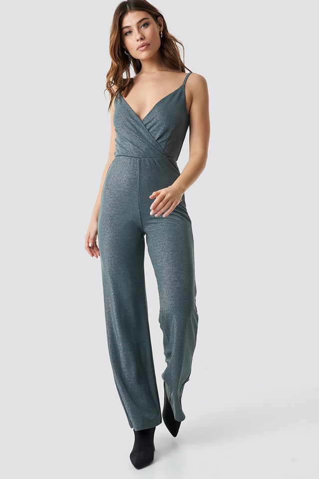 Wide Leg Jumpsuit Outfit.