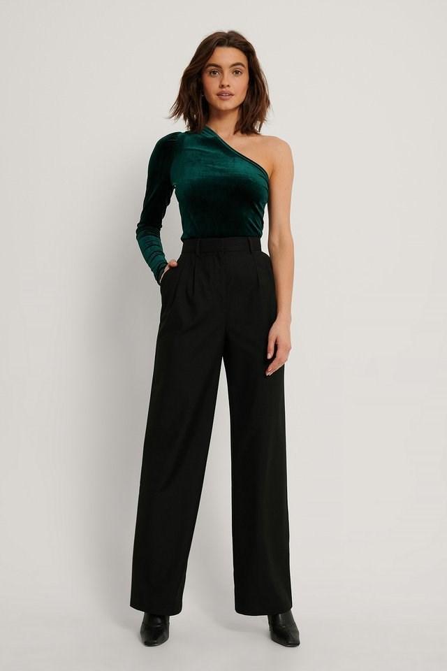 One Shoulder Velvet Top Outfit.