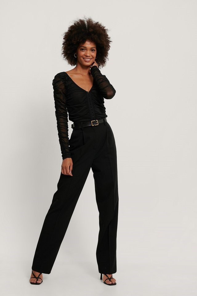 Rouched Closure Detail Top Outfit.