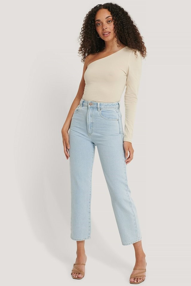Puff Sleeve One Shoulder Top Outfit.