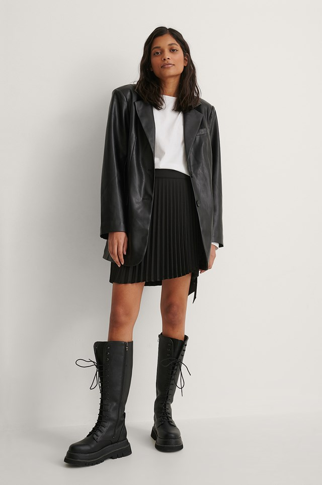 Wrap Pleated Mini Skirt Outfit.
