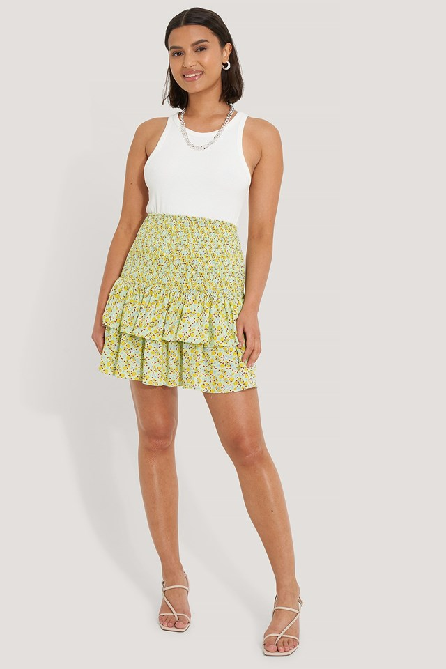 Pleated Detail Mini Skirt Outfit.