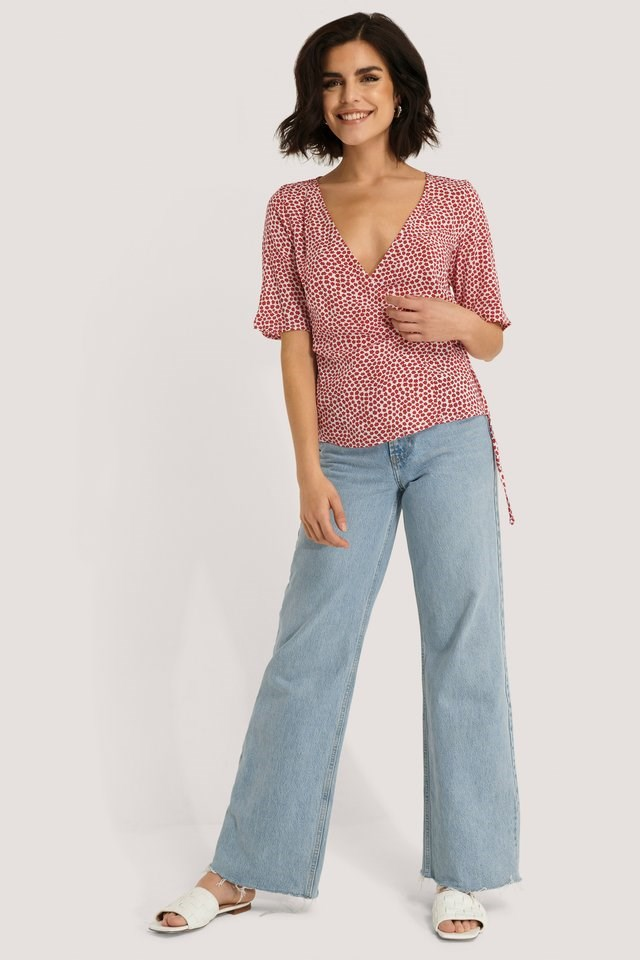 Overlap Short Sleeve Printed Blouse Outfit.