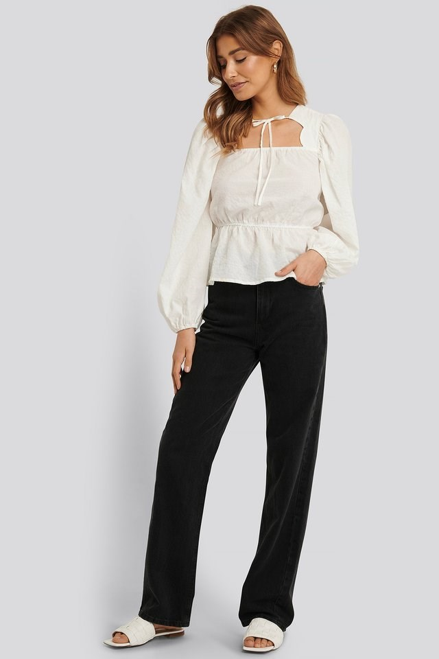 Scalloped Neckline Blouse Outfit.