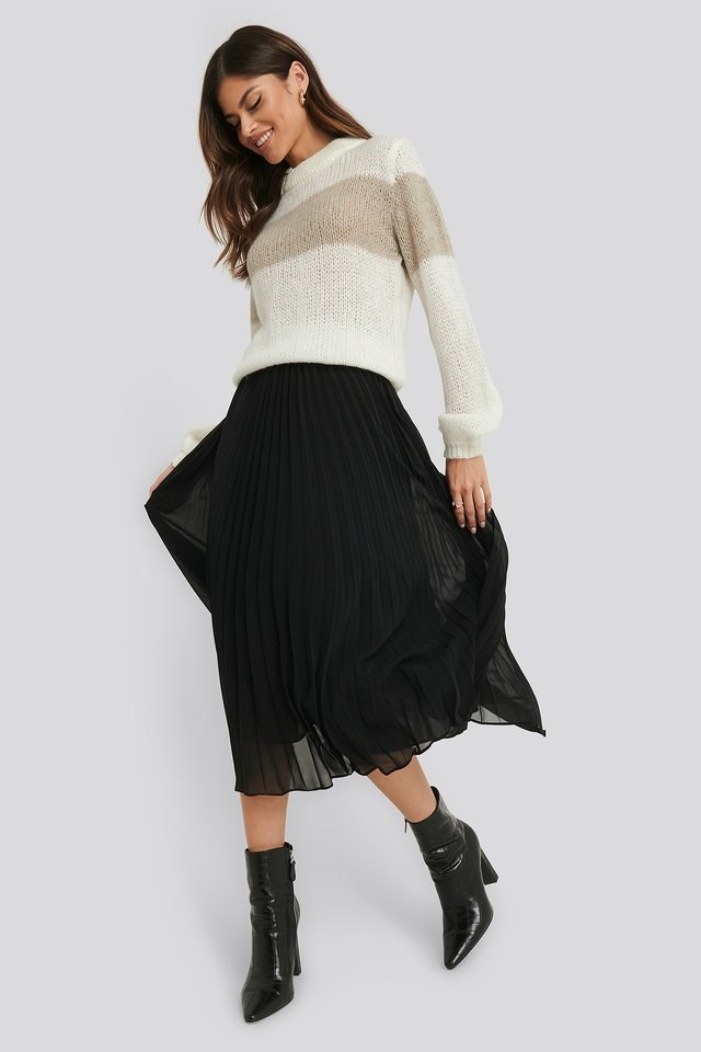 Balloon Sleeve Striped Knitted Sweater Outfit.