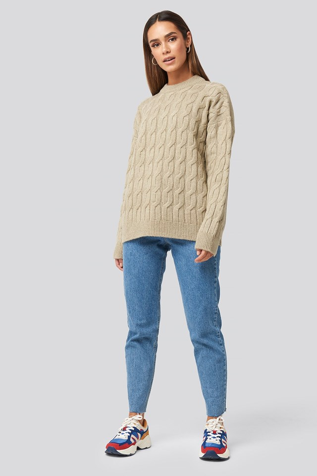 Cable Knitted Oversized Sweater Outfit.