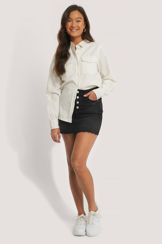 Mid Rise Mini Skirt Outfit.