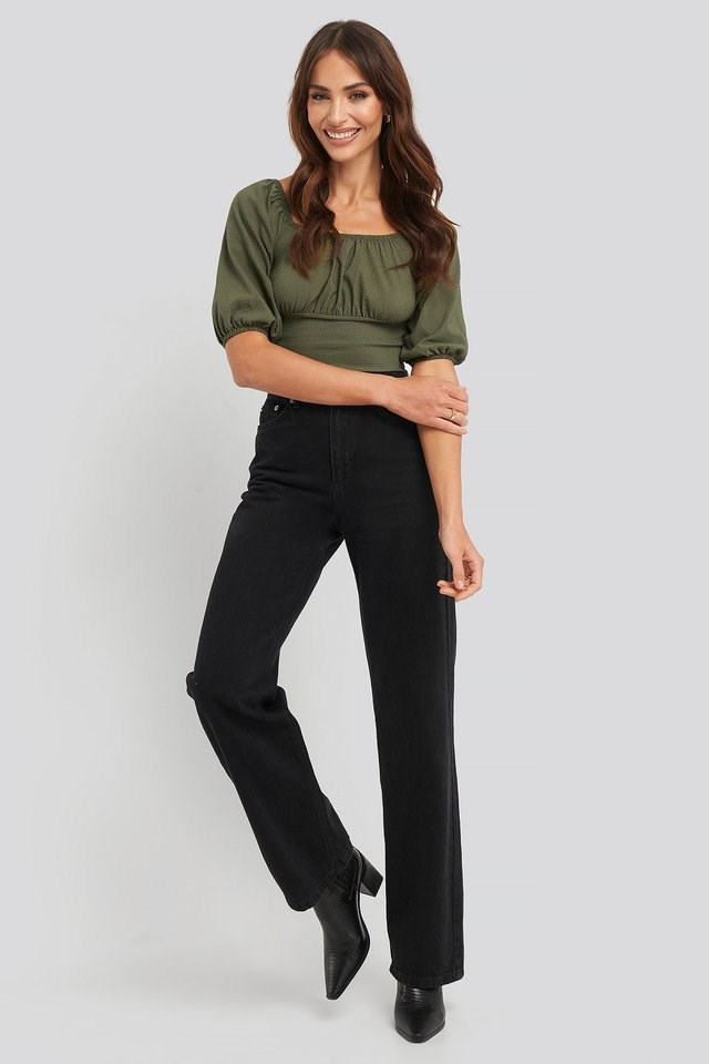Yol Crop Top Outfit.