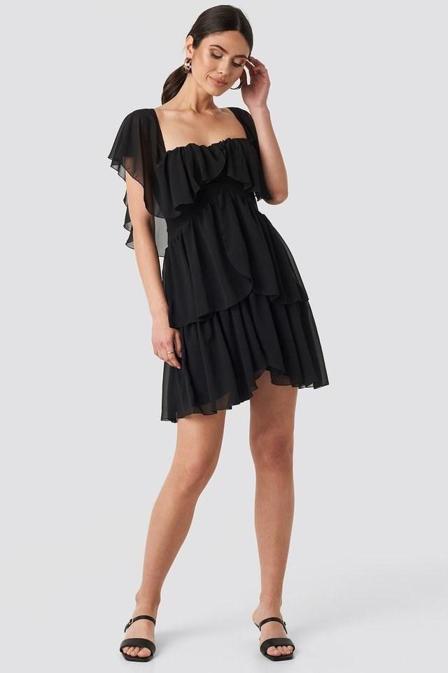 Carmen Neckline Mini Dress Outfit.