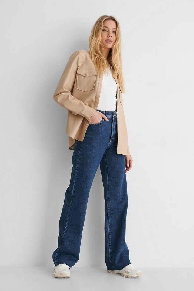Nora Jeans Blue Outfit.