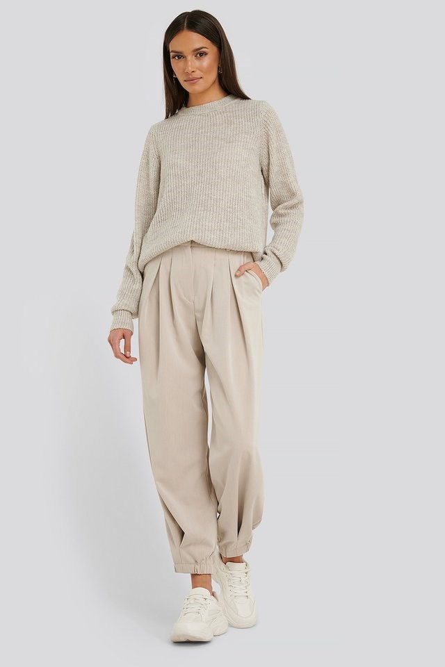 Crew Neck Knitted Sweater Outfit.