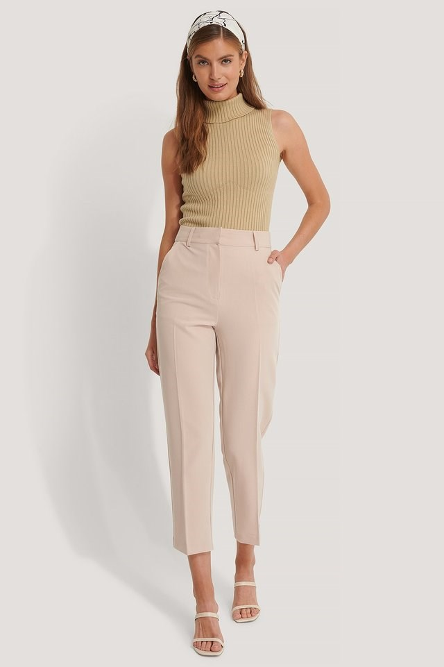 Cropped High Rise Suit Pants Outfit.