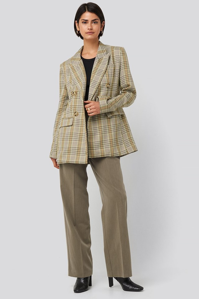Plaid Double Breasted Oversized Blazer Outfit.