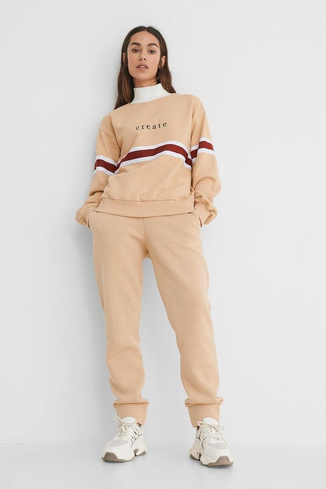 Embroidery Detail Polo Sweater Outfit.