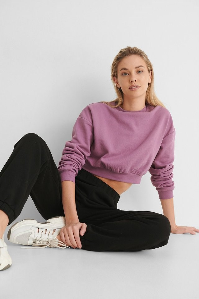 Cropped Brushed Sweatshirt Outfit.
