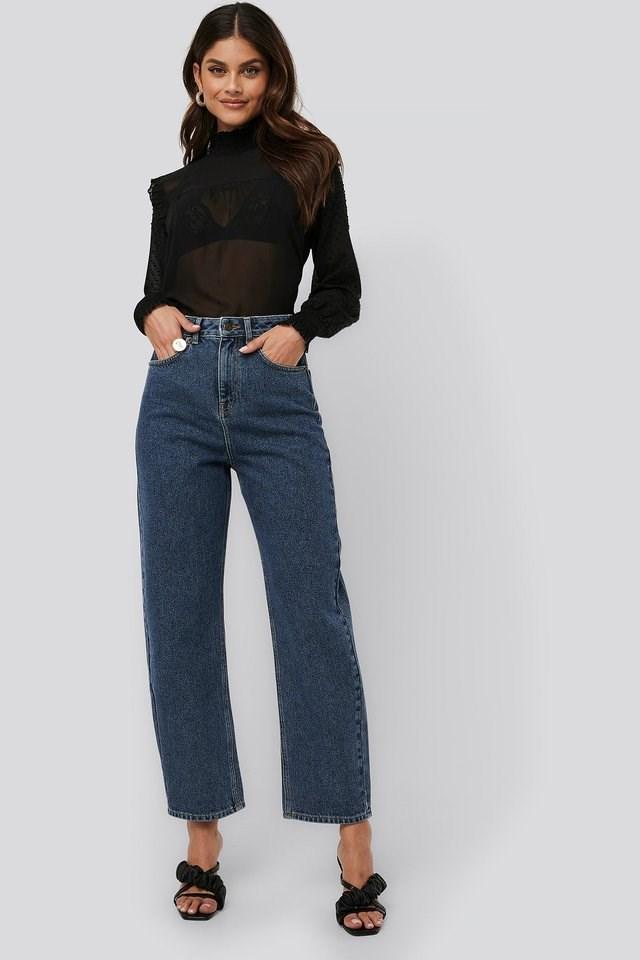 High Waist Oversized Jeans Blue Outfit.