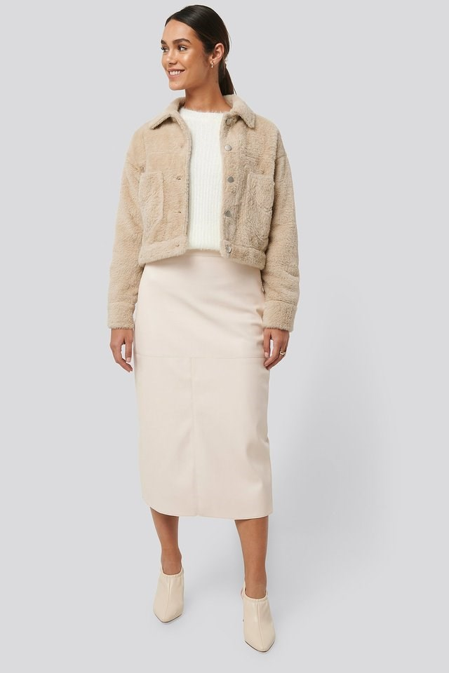 Hairy Faux Fur Jacket Beige Outfit.