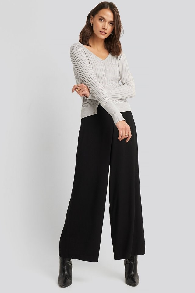 Uneven Rib Button Detail Top Outfit.