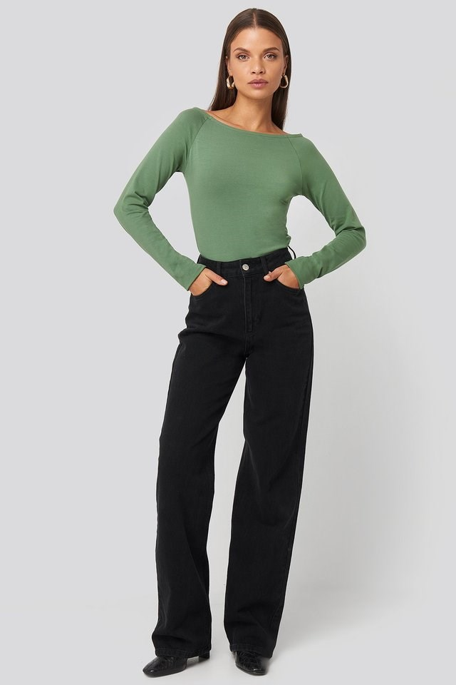Boat Neck Fitted Top Outfit.