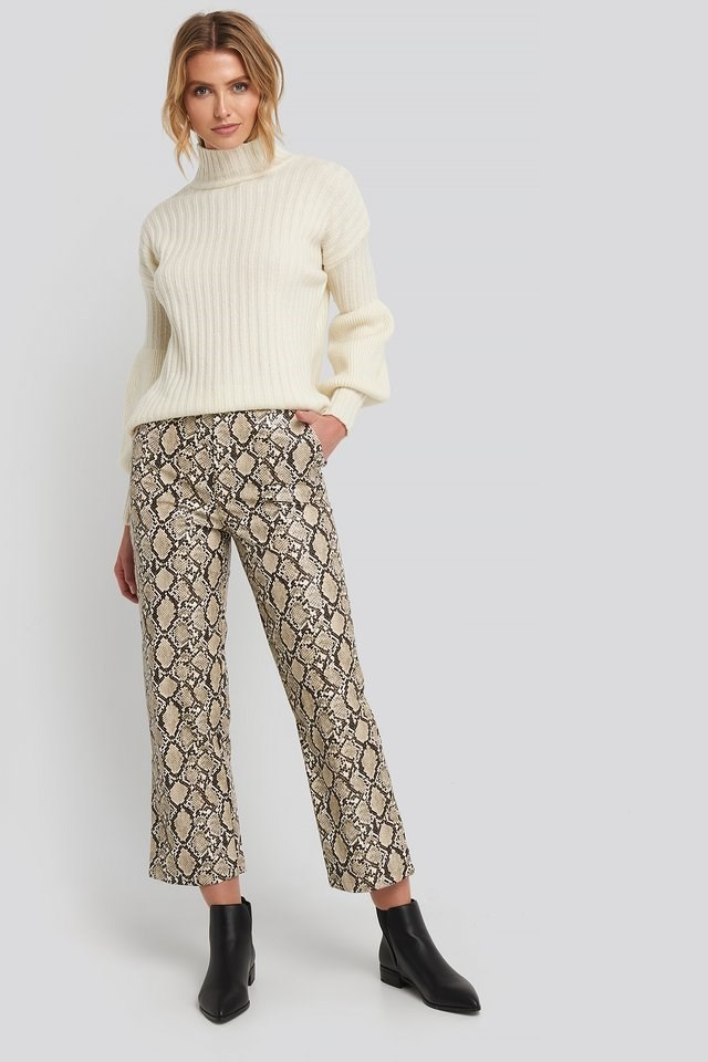 High Neck Volume Cuffs Knitted Sweater Outfit.