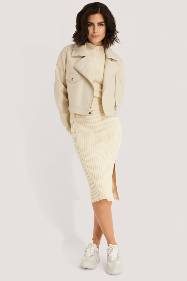 PU Oversized Jacket Beige Outfit.