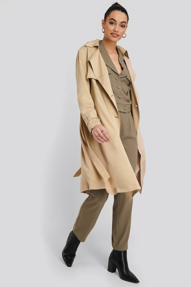 Mac Trench Coat Beige Outfit.