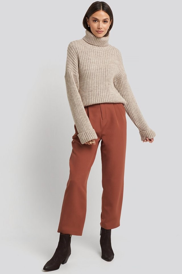 Belted Paperbag Tapered Pants Outfit.