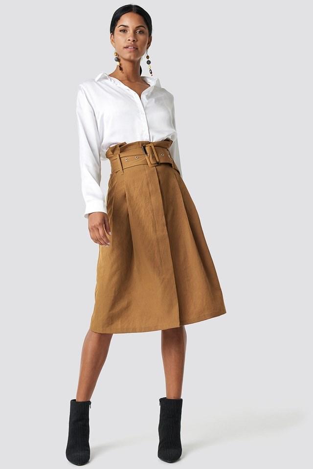 Detail Midi Skirt with Basic Shirt