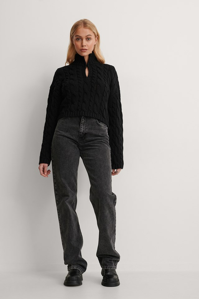 Keyhole Oversized Cropped Cable Knit Outfit.