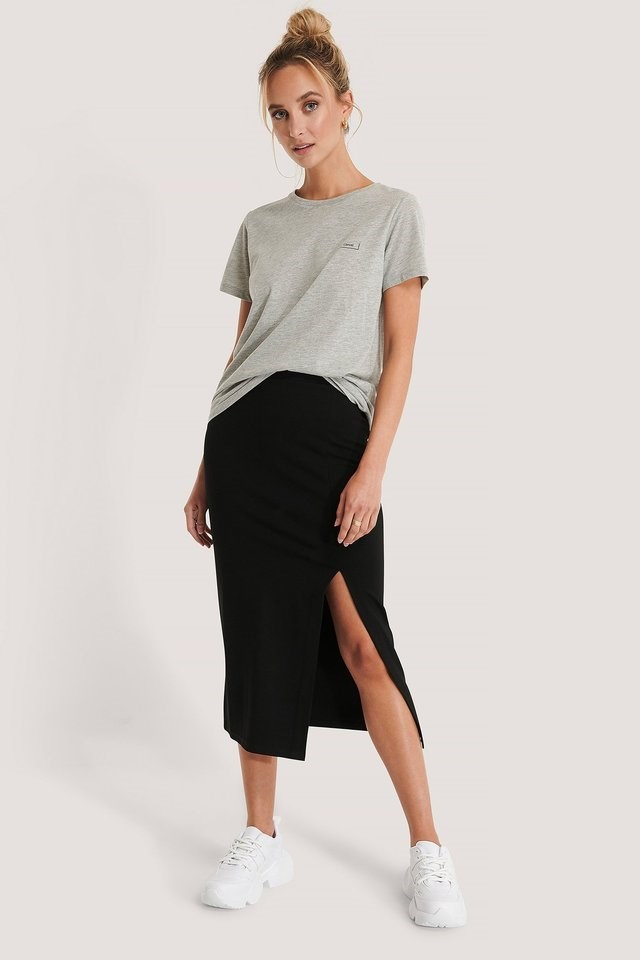 Side Slit Jersey Skirt Outfit.