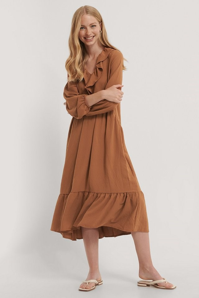 Neck Detailed Midi Dress Outfit.