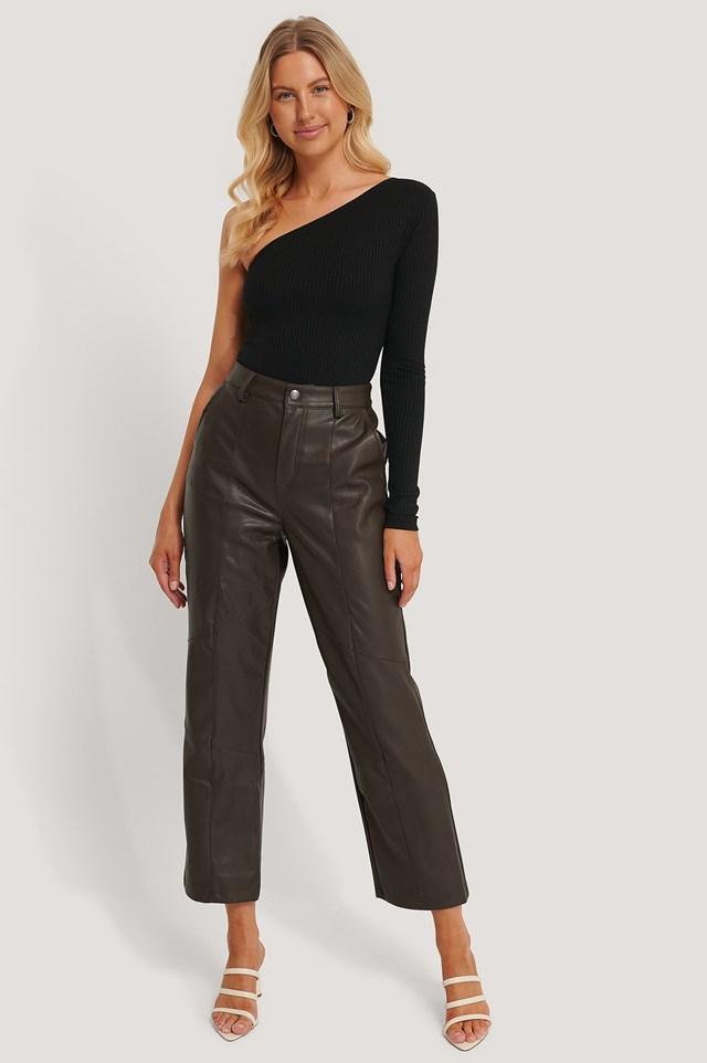 Viola Bodysuit Outfit.