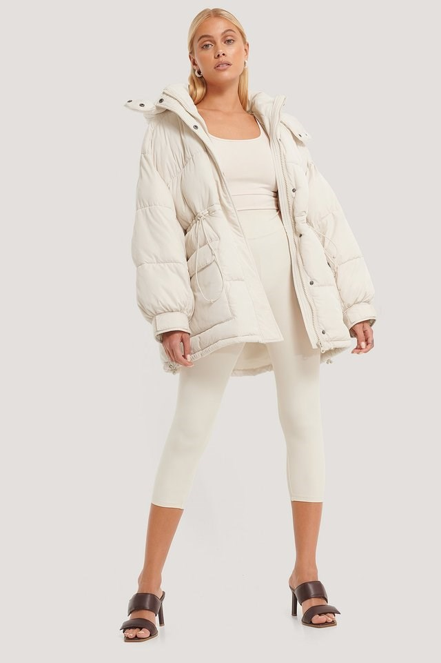 Waist Drawstring Padded Jacket Offwhite Outfit.