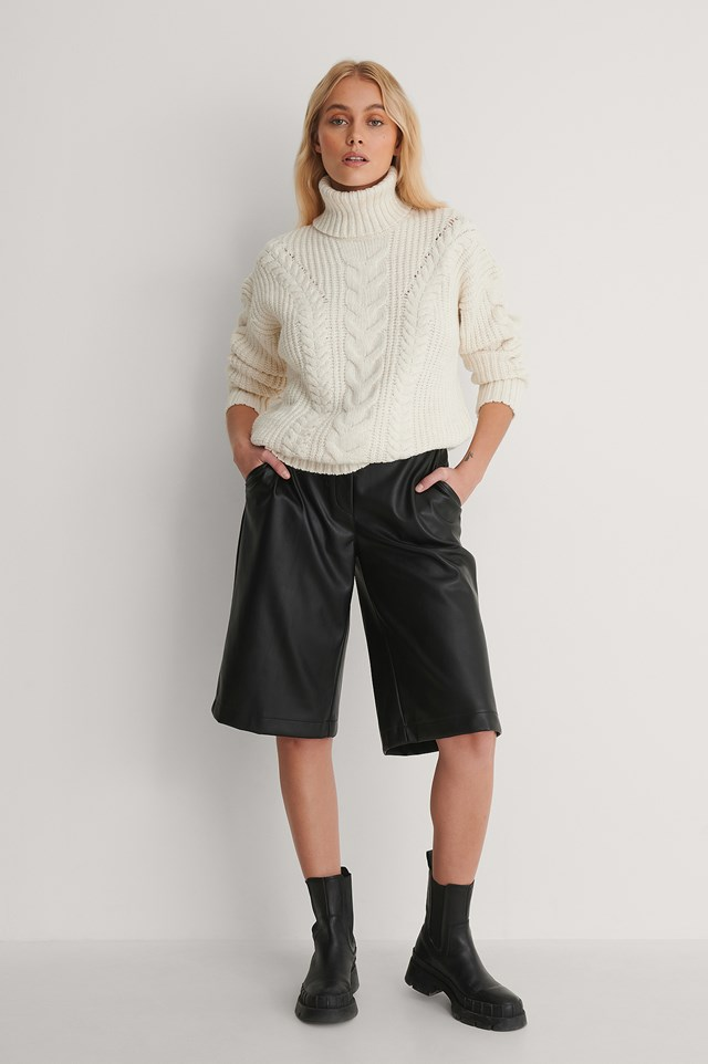 Milla Turtleneck Sweater Outfit.