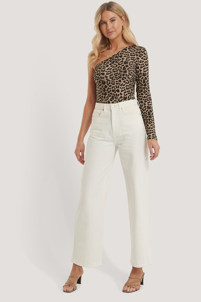 One Shoulder Leo Print Body Outfit.