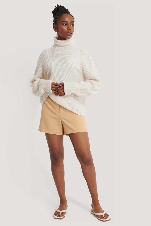 Oslo Sweater Outfit.