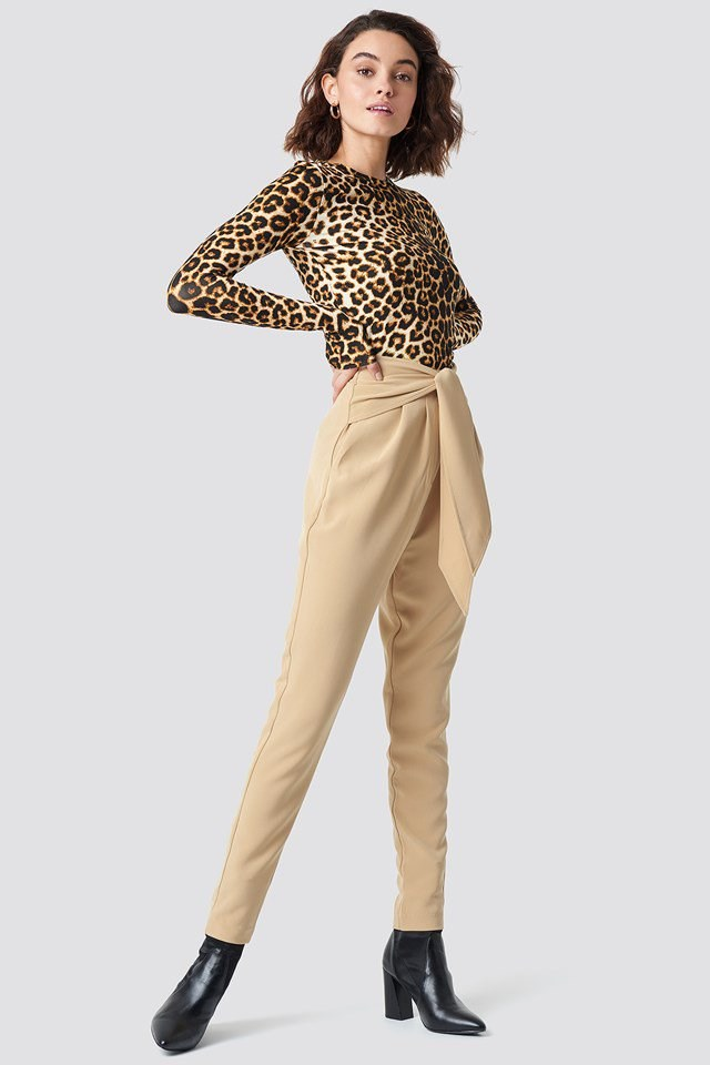 Knot Suiting Pants with Hillia Longsleeve Tee