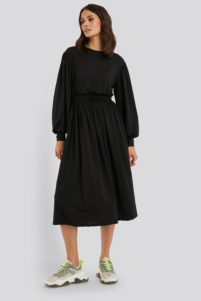 Gathered Waist Jersey Dress Outfit.