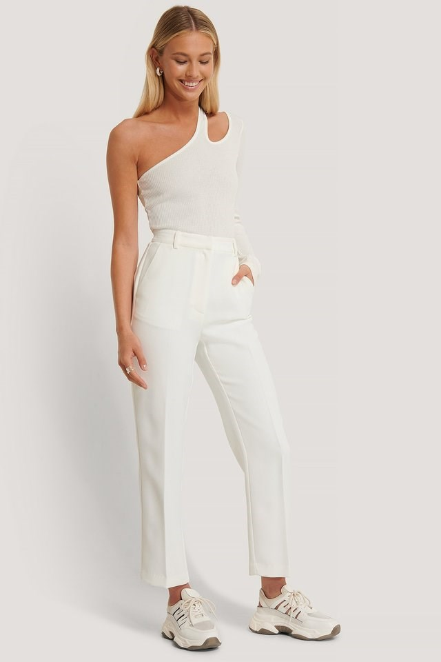 Ankle Pleat Detail Pants Outfit.