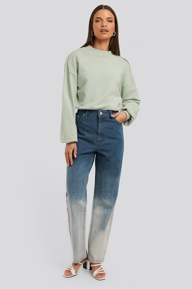 Sweatshirt Body Outfit.