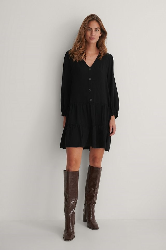 Buttoned Flowy V-Neck Dress Outfit.