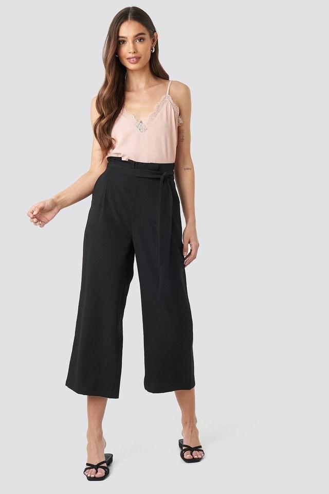 Paperwaist Self-Tie Pant Outfit.