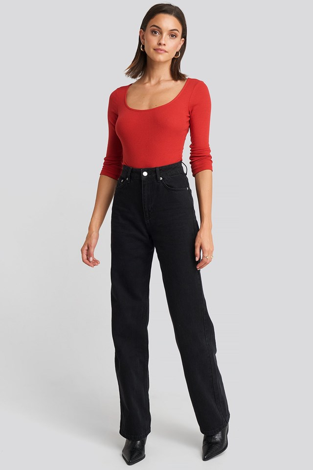 Deep Round Neck Ribbed Body Outfit.
