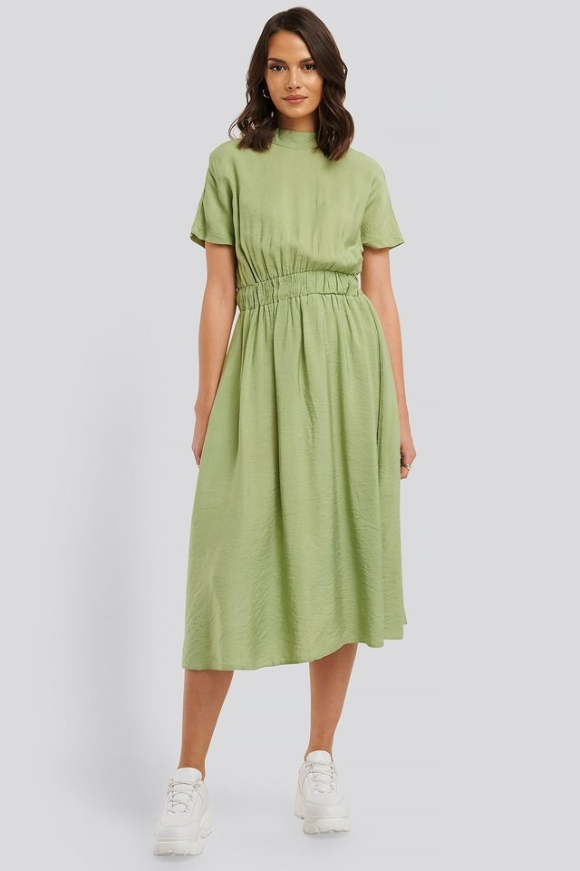 High Neck Short-Sleeve Midi Dress Outfit.