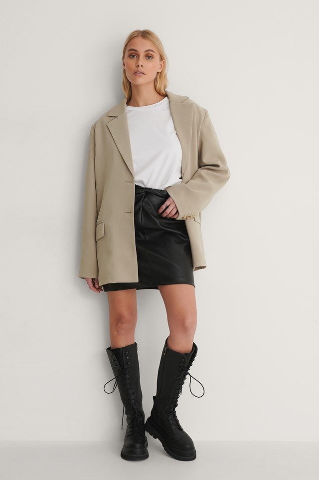 Knot Front Pu Skirt Outfit.