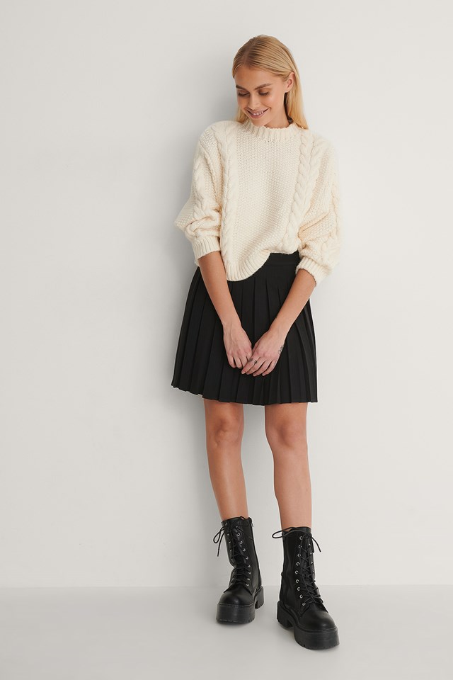 Pleated Mini Skirt Outfit.