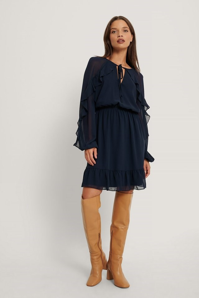 Carmen Ruffle Mini Dress Outfit.