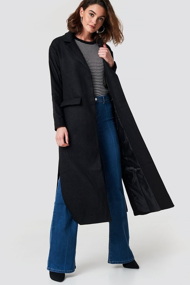 Milla Long Coat Black Outfit.