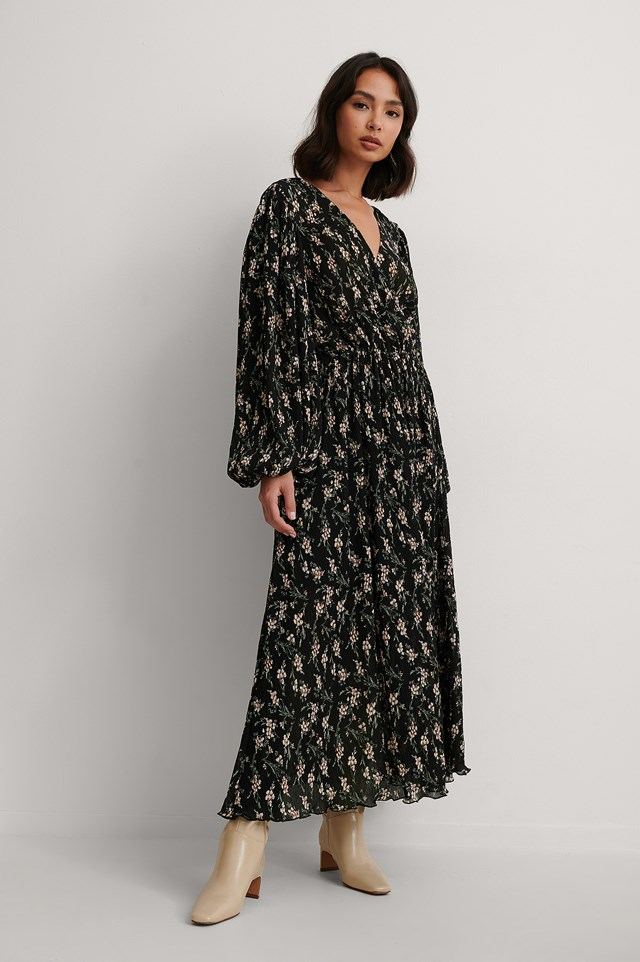 Balloon Sleeve Overlap Structured Dress Outfit!